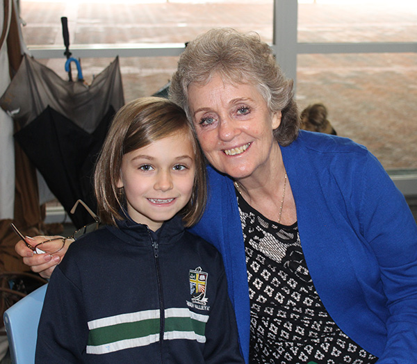 Year 2 Grandparents Day : Image 2
