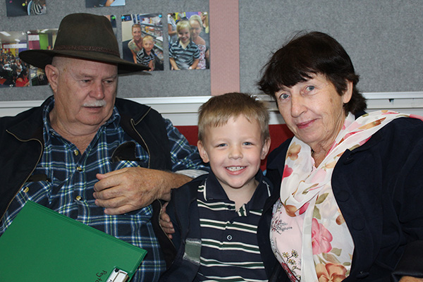 Year 2 Grandparents Day : Image 3